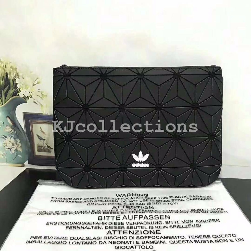 aec8b446da4e Adidas 3D Mesh Sleeve   Clutch Bag Black BK2180