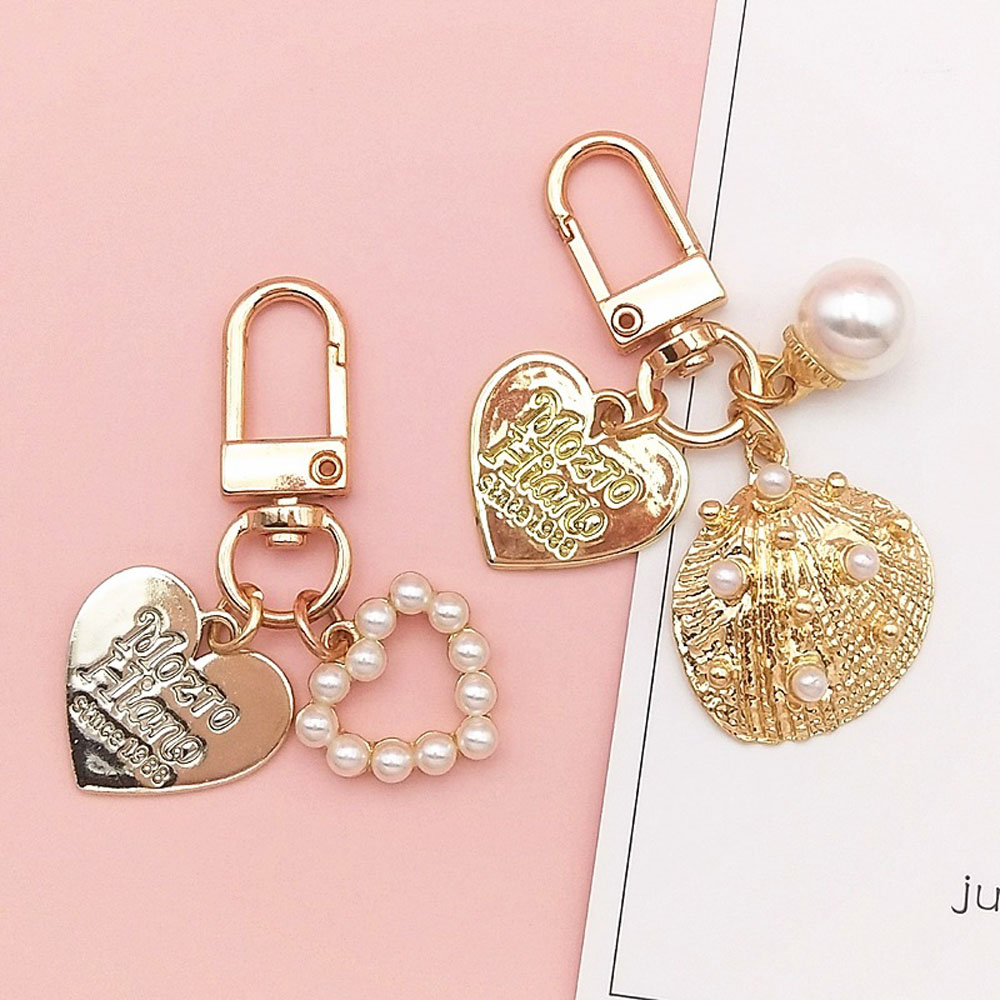 TWINKLE1 Cute Key Chain Korean Bag Charms Heart Key Ring Pearl Gold Color Fashion Love Letter Keychain Shell Conch Key Accessories