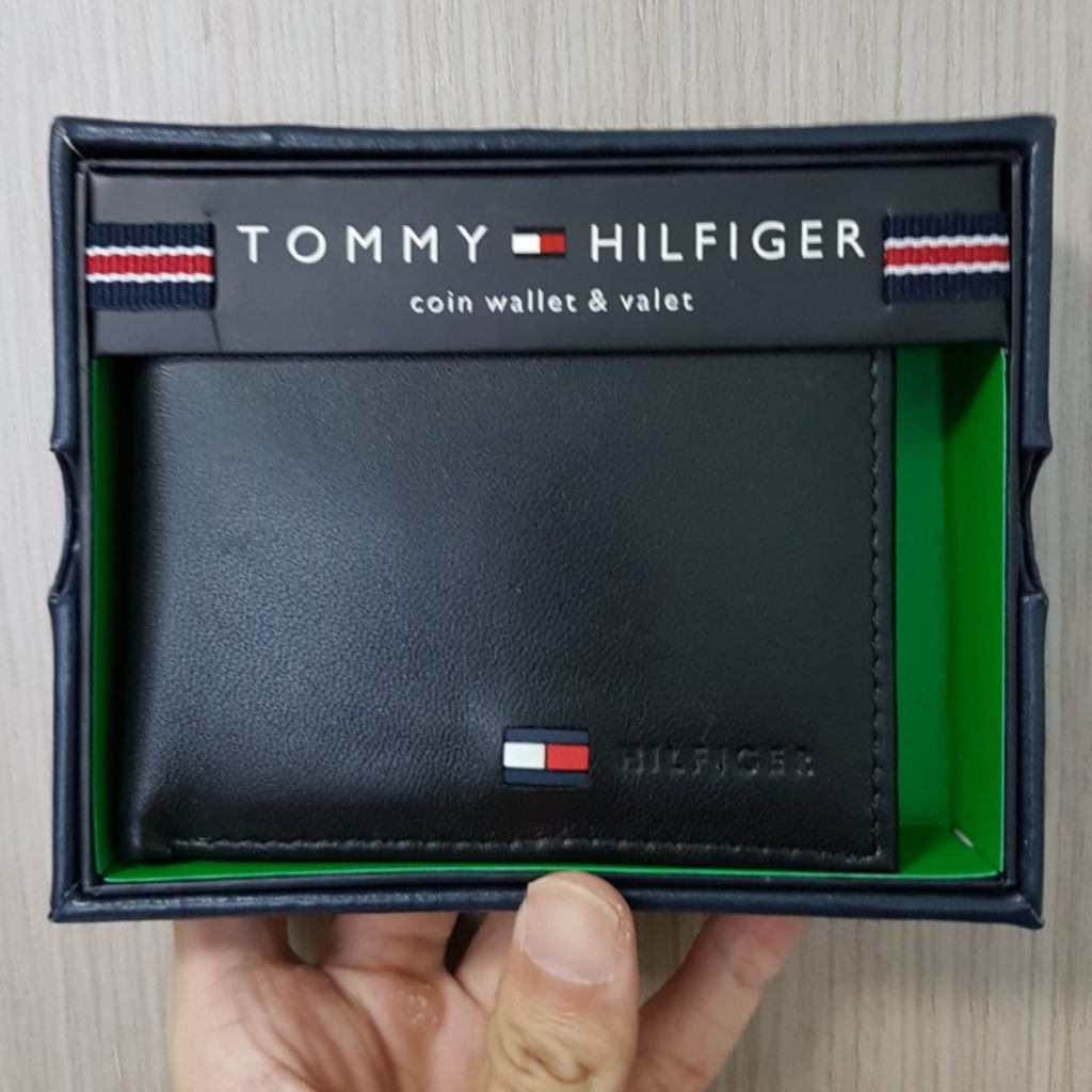 c4b55705db Authentic Tommy Hilfiger Leather Bifold with Coin Pocket | Shopee Singapore