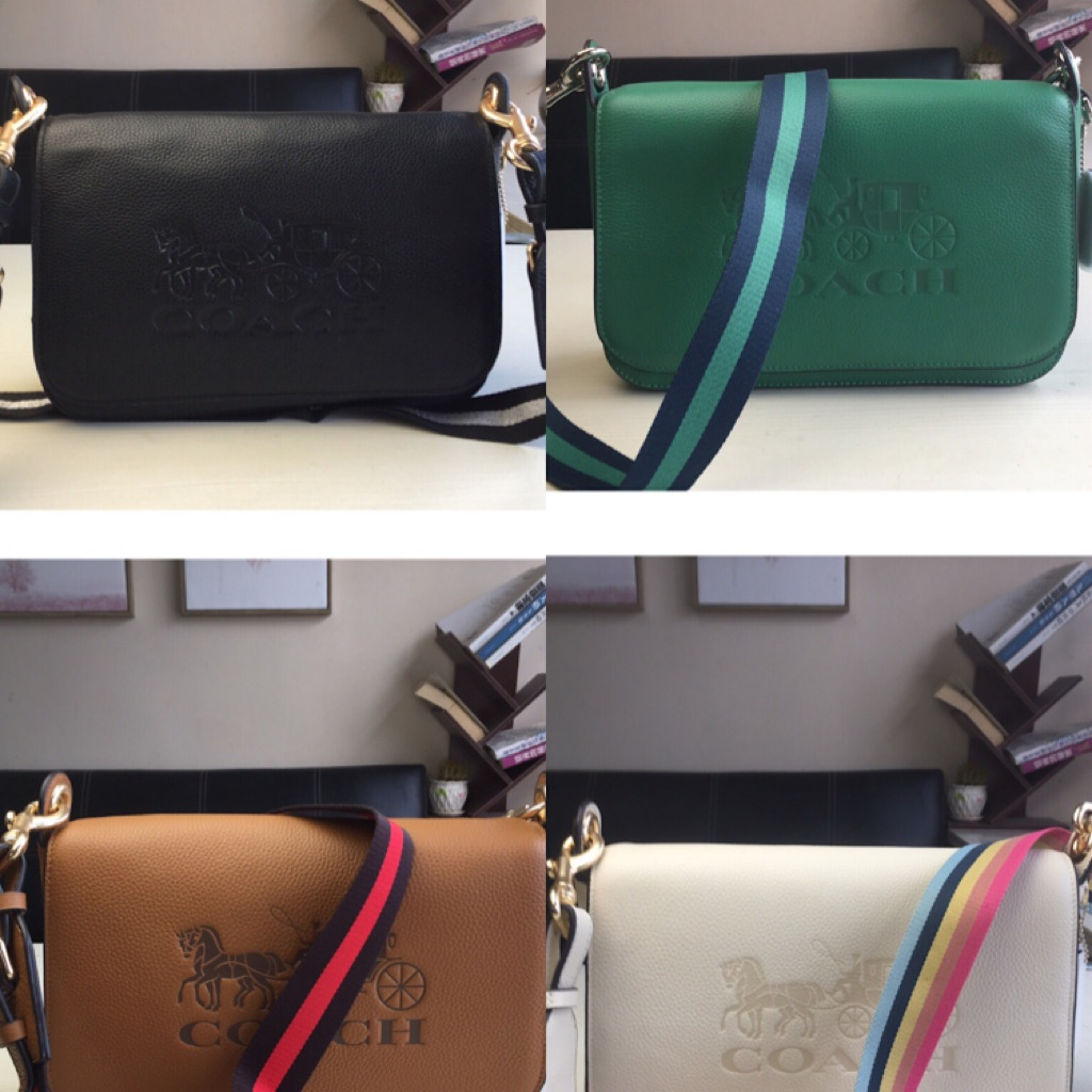 Coach 72703 Jess Leather Messenger