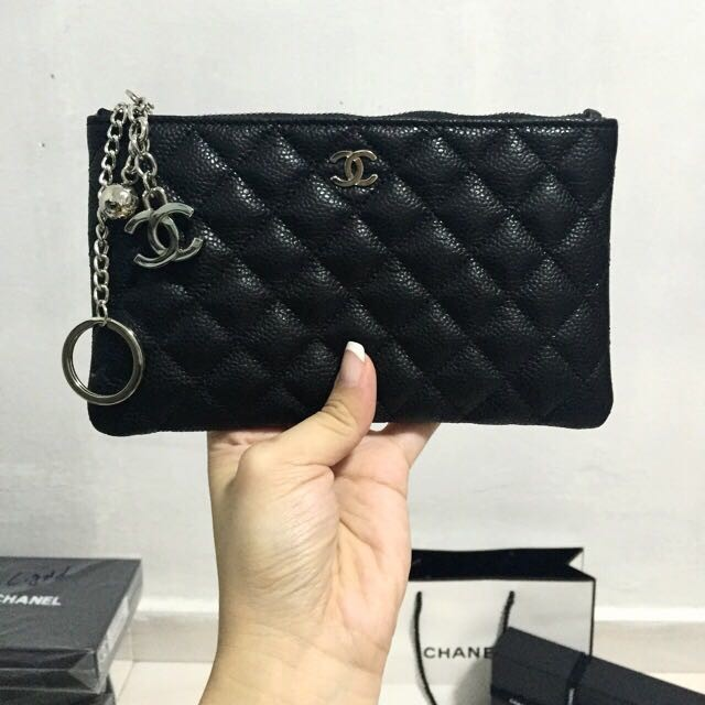 82a7409593e733 BIGGER SIZE! Authentic Chanel VIP Gift Pouch | Shopee Singapore