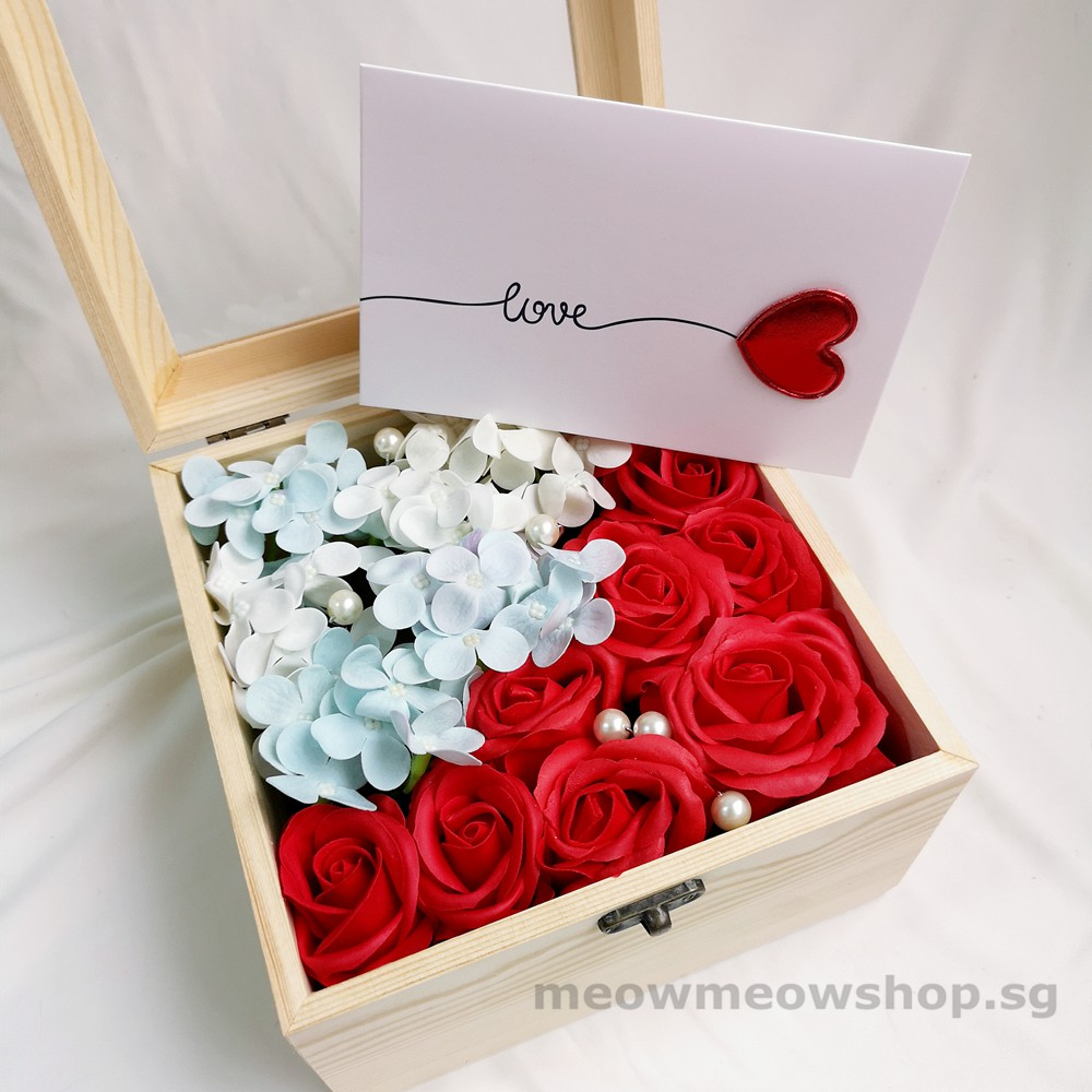 Artificial Soap Flowers In Box Roses And Hydrangeas Shopee Singapore