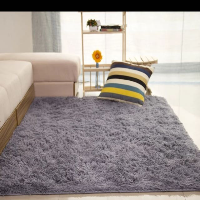 Silver Thick And Furry Carpet Rug