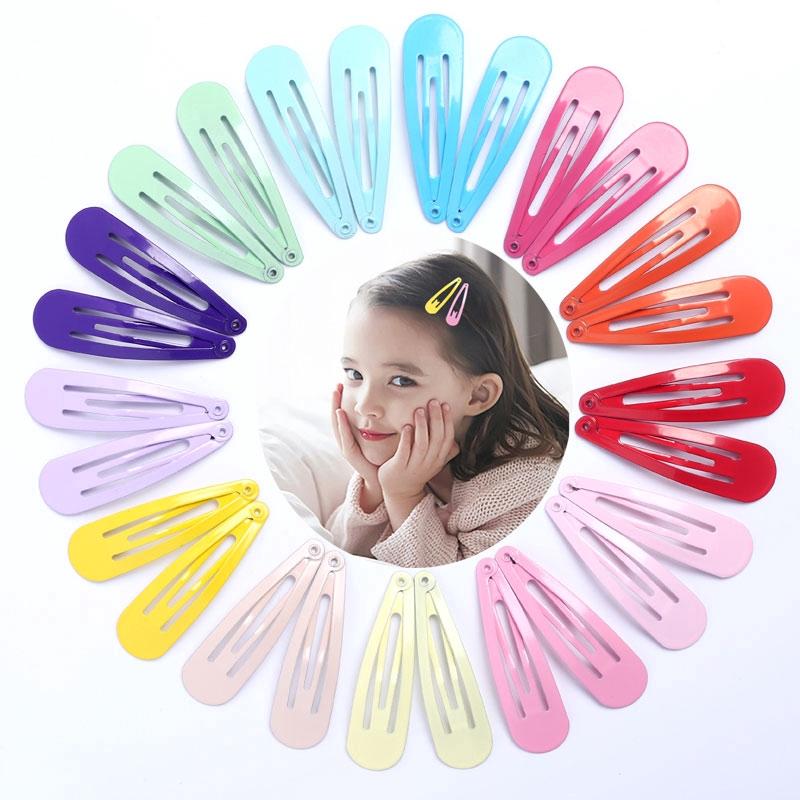 Red hair clips in school colours Set of 18 slides snaps sleepies bendies