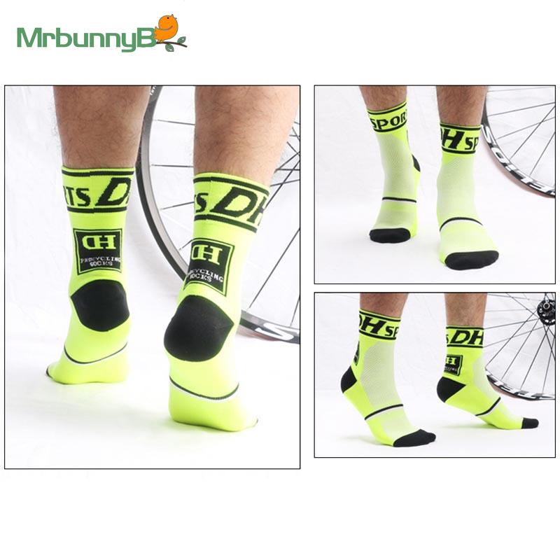 Football Socks Anti-sweat Cycling Running Breathable Racing Sports 1 Pair Sale