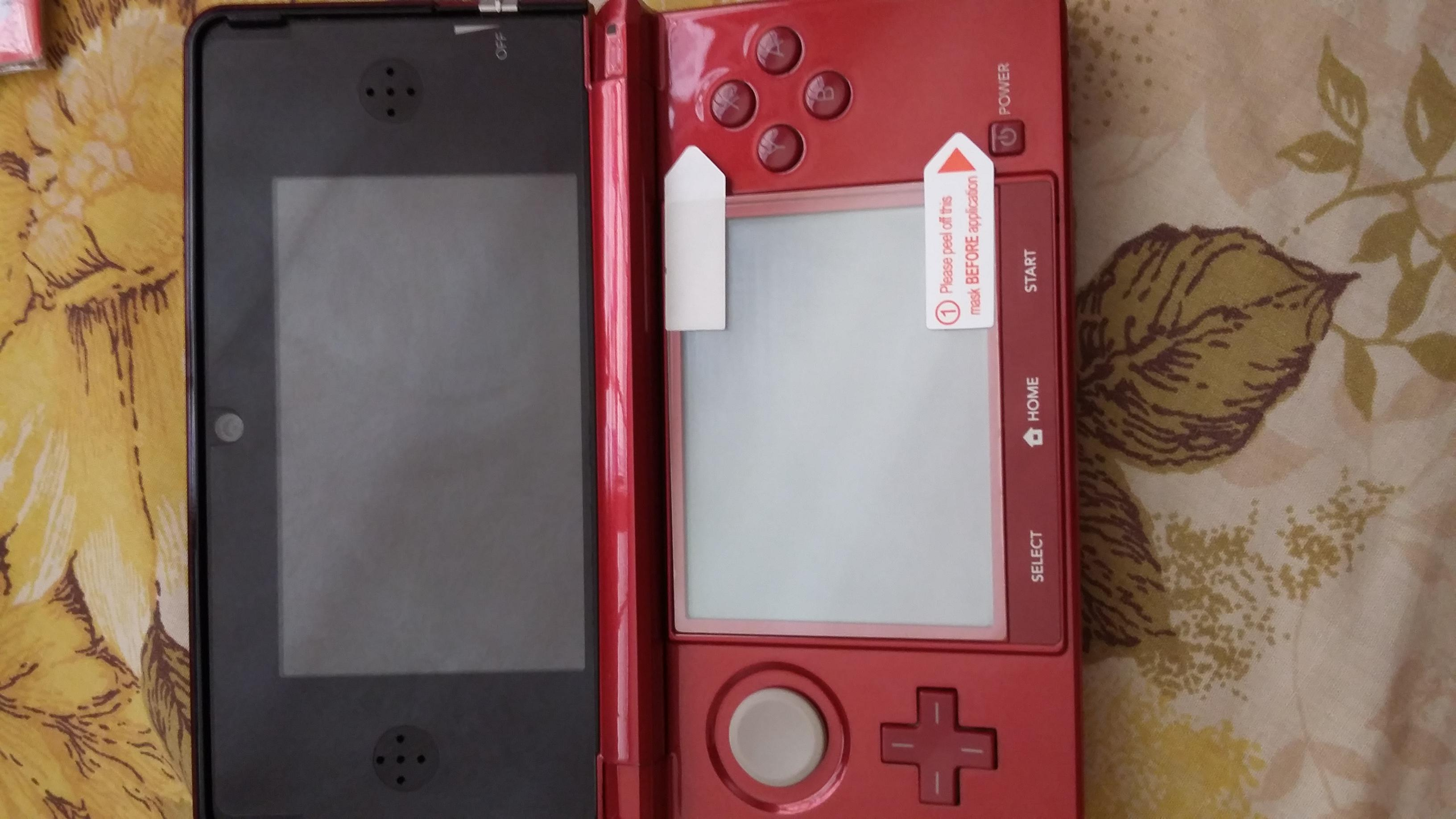 Hori Screen Protectors For 3ds New 2ds Xl Shopee Tempered Glass Ll Top Protector Is Touching The Bottom Edge Of Camera By Abit Too Edit But Seller Decided To Give Me A Full Refund My Order