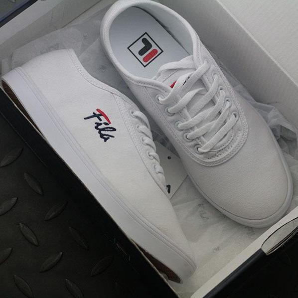 FILA Heritage CAGE NS Sports Shoes - White  dd56ba4db2a