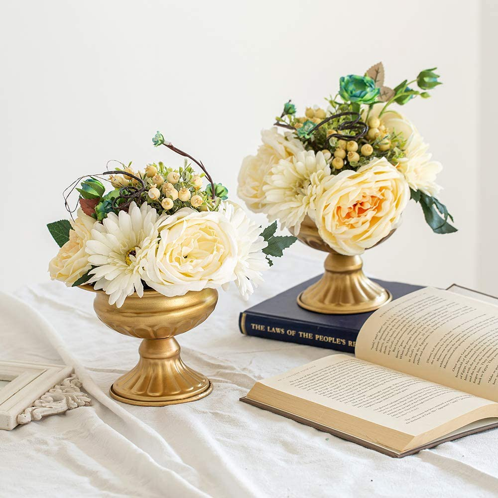 2 Pieces Mini Size Metal Urn Planter Wedding Centerpieces Vase For Wedding Party Decoration 12 6cm Large Trumpet Vase Flower Holder For Birthday Ceremony White Shopee Singapore