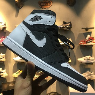 competitive price dde86 a5323 Hot Sale \nNike Air Jordan 1 OG Top 3 AJ1 Joe 1 BLACK AND WHITE Men's  Basketball Shoes