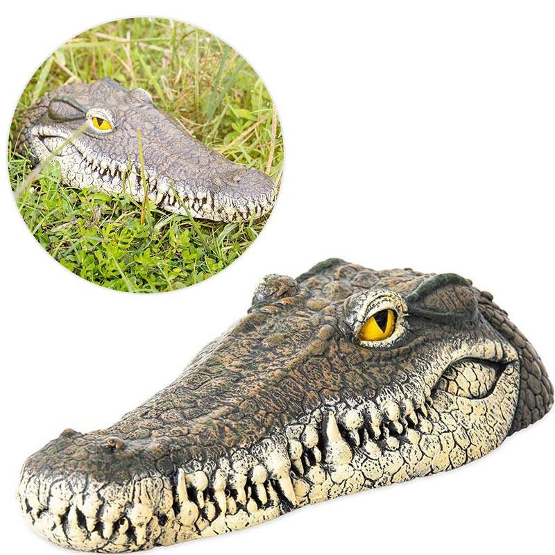 Floating Detailed Crocodile Head For Pond or Water Feature Lawn In The Garden