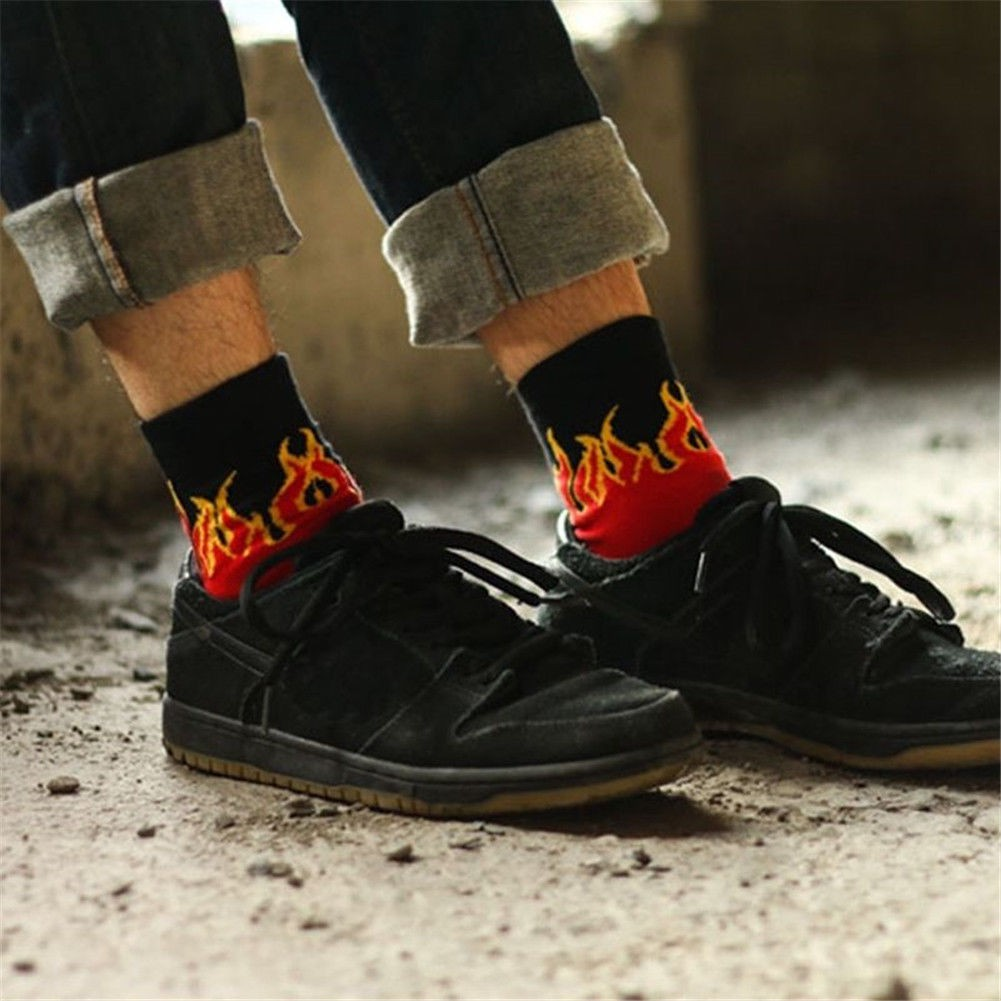Fashion Unisex Mens Casual Cotton Fire Flame Hip Hop Socks Skateboard Sell New