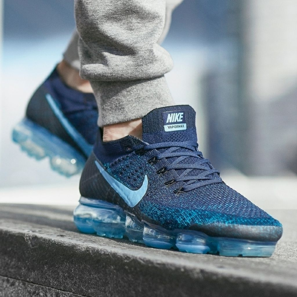 competitive price e7cb4 1f170 Nike Air VaporMax Flyknit