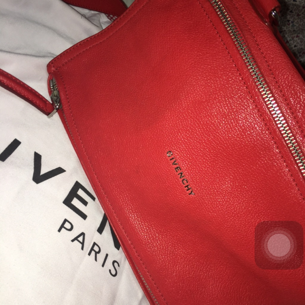 241d58bd46 Givenchy Pandora Red Bag in leather size medium (Reebonz)