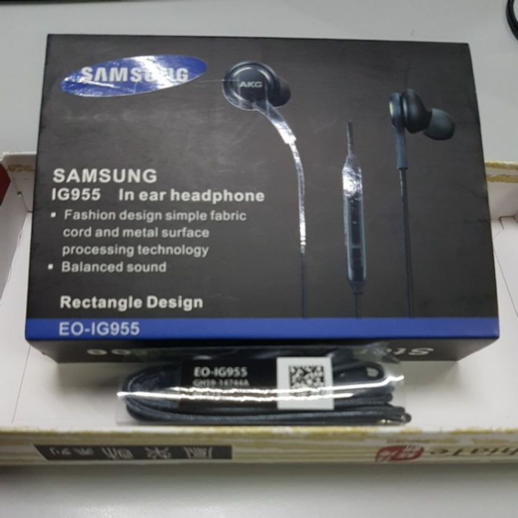 Original Samsung Earphones Tuned By Akg S8 Plus S9 Note8 Eo Ig955 Headset Earpiece Shopee Singapore