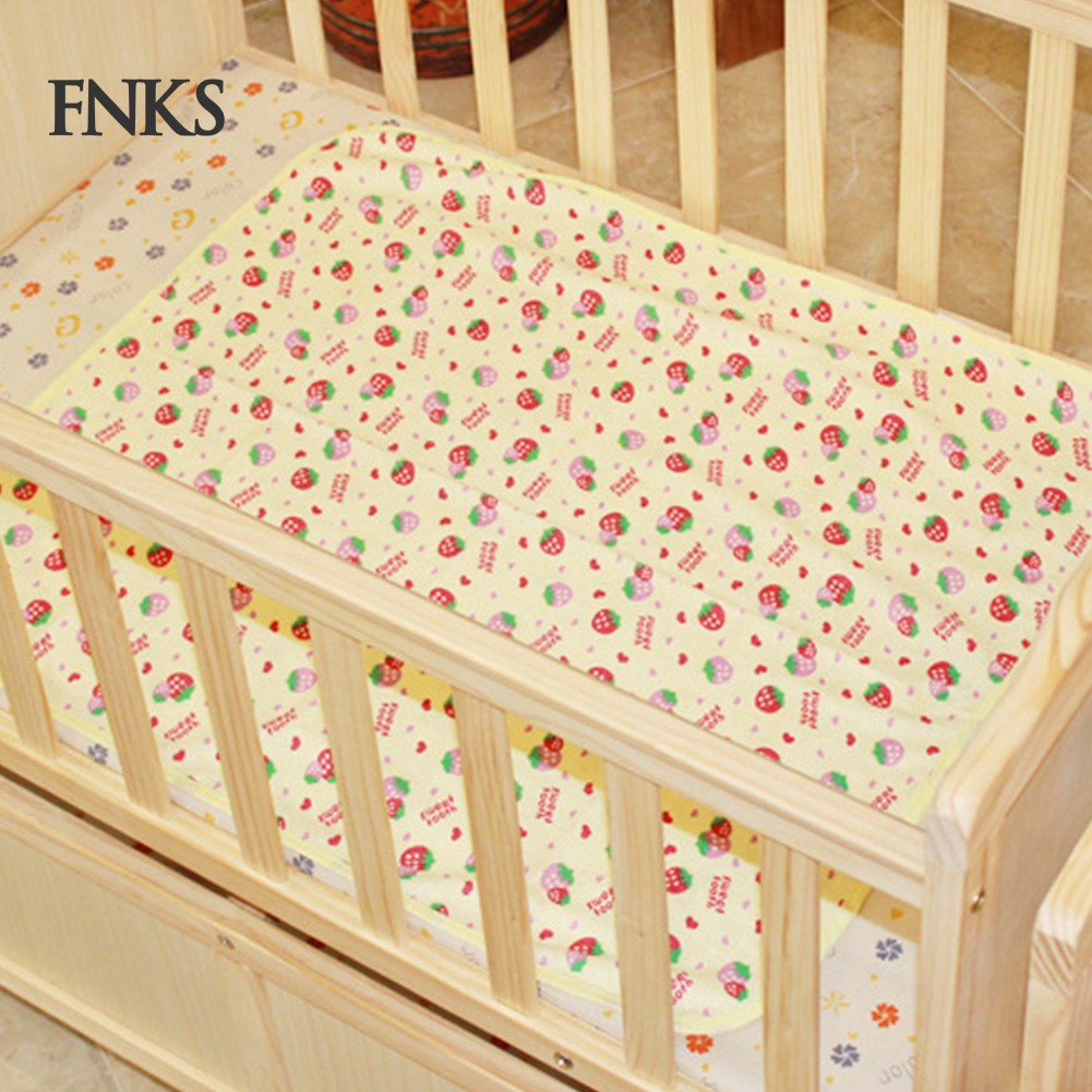 AM/_ Baby Infant Kid Waterproof Bedding Cartoon Cover Pad Diaper Nappy Urine Mat