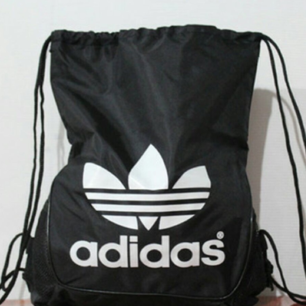 Authentic Adidas Drawstring bag  3be3ea9118d01