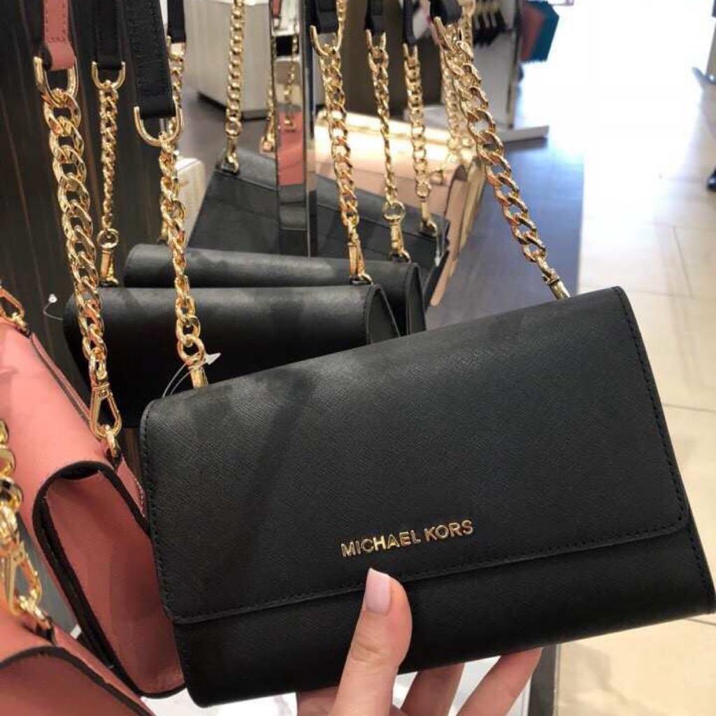 bf94a89dc3224f Michael Kors Vivianne Patent Leather Small Flap Shoulder Bag   Shopee  Singapore