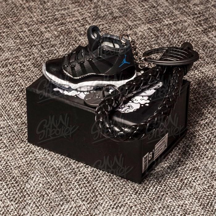 81bcb74f87632c Jordan AJ11 small shoes model stereo 3D men and women keychain Air Jordan 3D  Key