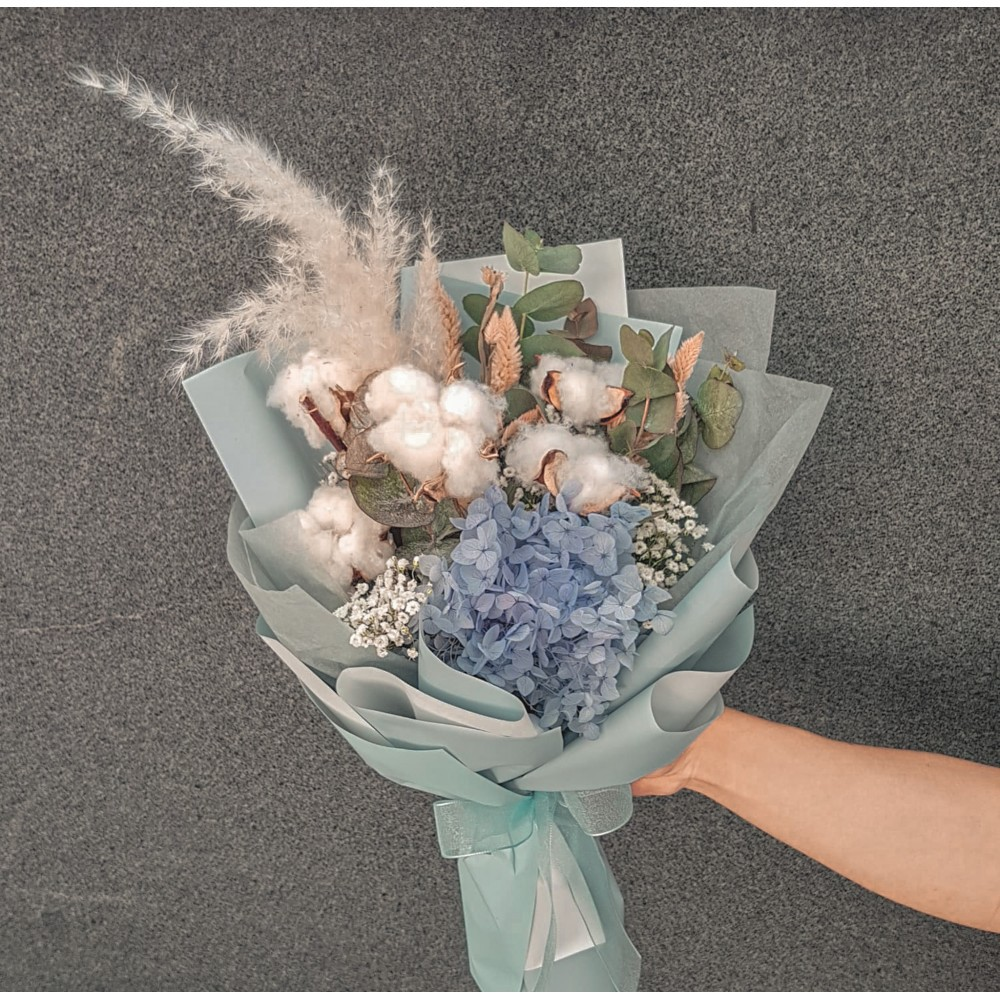 Eternal Frost Fresh Flower Bouquet Birthday Surprise Present Flowers Mother S Day Valentine Special Gift Gift Ideas Shopee Singapore