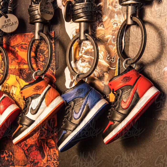 DIY creative gift Jordan 3D stereo shoes keychain AIR JORDAN 7 8 9 ... 50a4d263f141