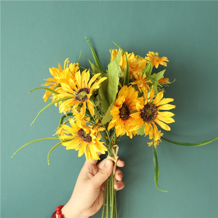 Small Daisy Artificial Flowers Fake Flowers Living Room Decoration Dining Table Flower Decoration Silk Flower Dried Flower Bouquet Flower Flower Arrangement Decoration Silk Flower Shopee Singapore