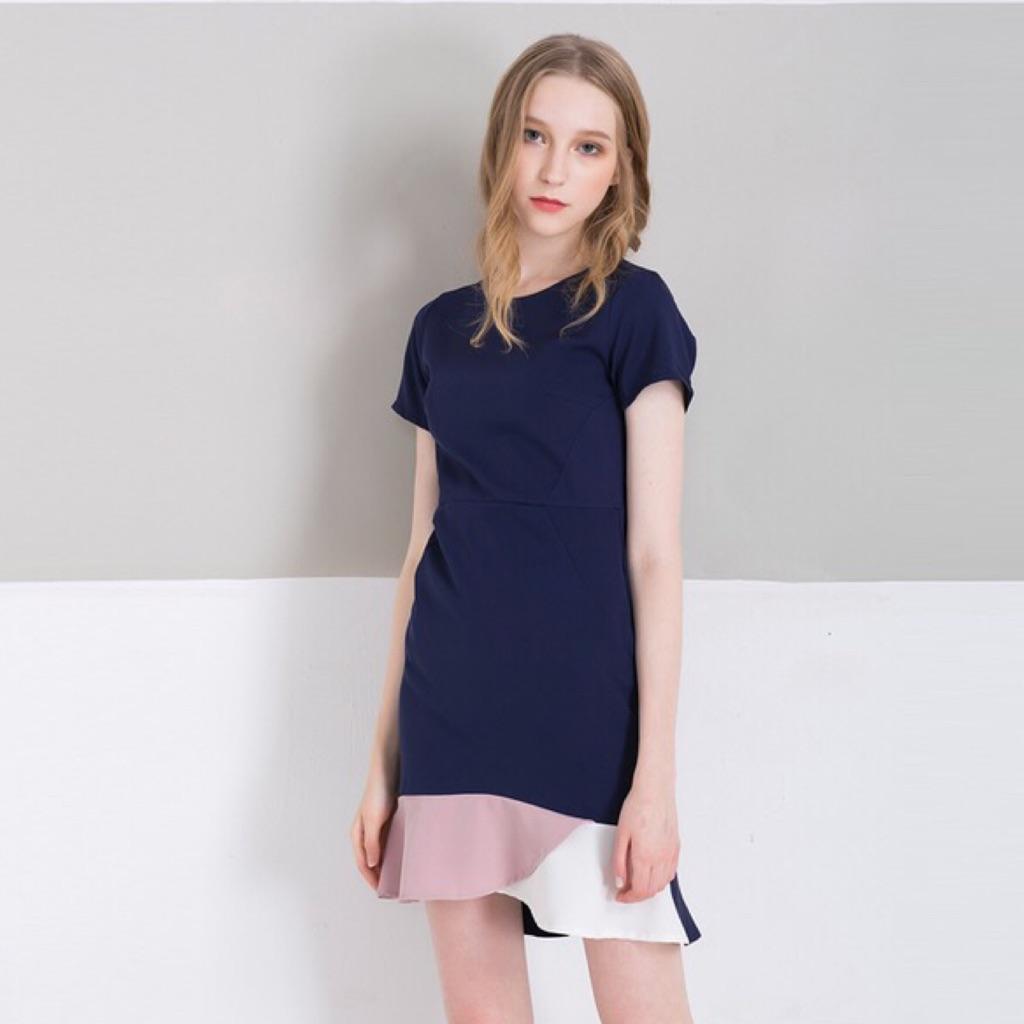 e3b10d06e4 Love Bonito LB Merina Colourblock Midi Dress in Dusty Blue (M) | Shopee  Singapore