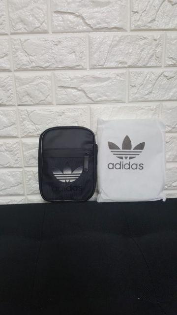 906c50ff8d0b8 Authentic adidas bag! Abit small but is okay im still love it!